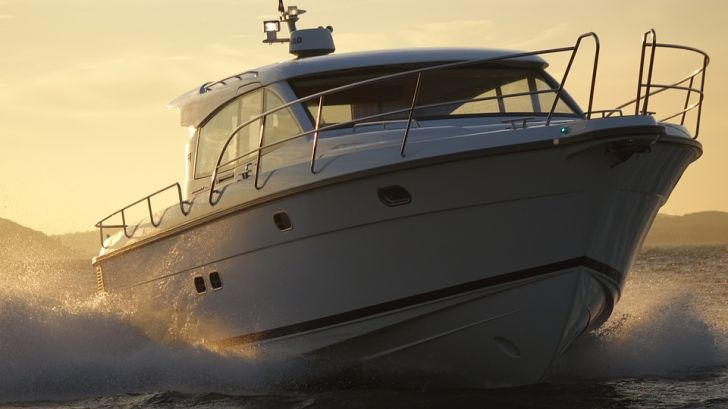 four-important-things-to-check-when-buying-a-used-motor-yacht