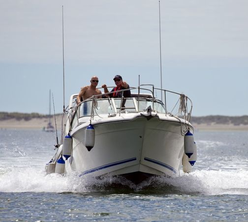 how-to-shop-for-a-used-power-boat